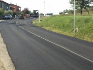 San Savino, asfaltatura via dei pozzi