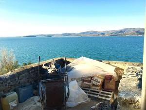 Monte del Lago, risanamento del percorso lungo le mura vista lago Trasimeno